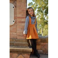 Falda peto y camisa coleccion Mostaza